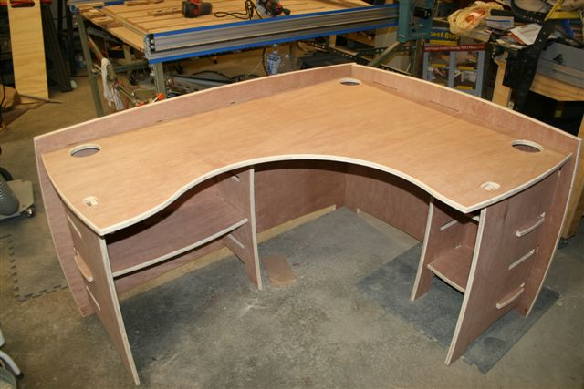 Corner Desk – I made these desks on a CNC router table. They use ...